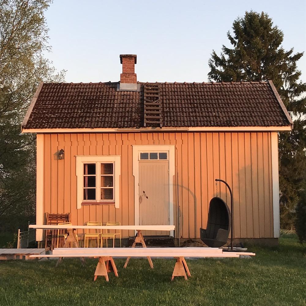 Pihasauna. Pihasuunnitelma vanhaan taloon. Vanhan pihan kunnostus / uudistaminen.