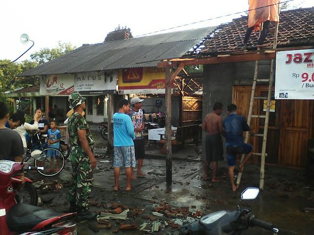 Disapu Angin Puting Beliung, Puluhan Rumah di Winong Rusak