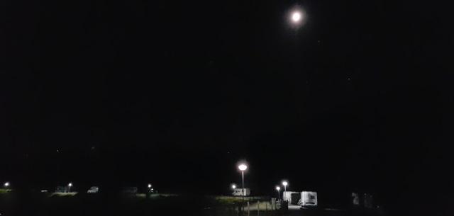 Pernocta a Lekeitio, sota la Lluna, Mart i Saturn