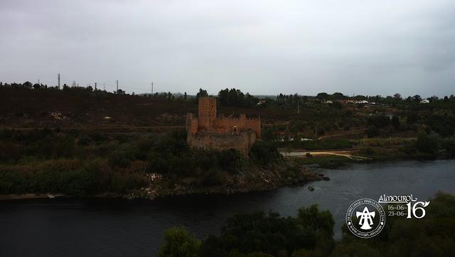 Alvorada das Templarias no castelo de Almourol