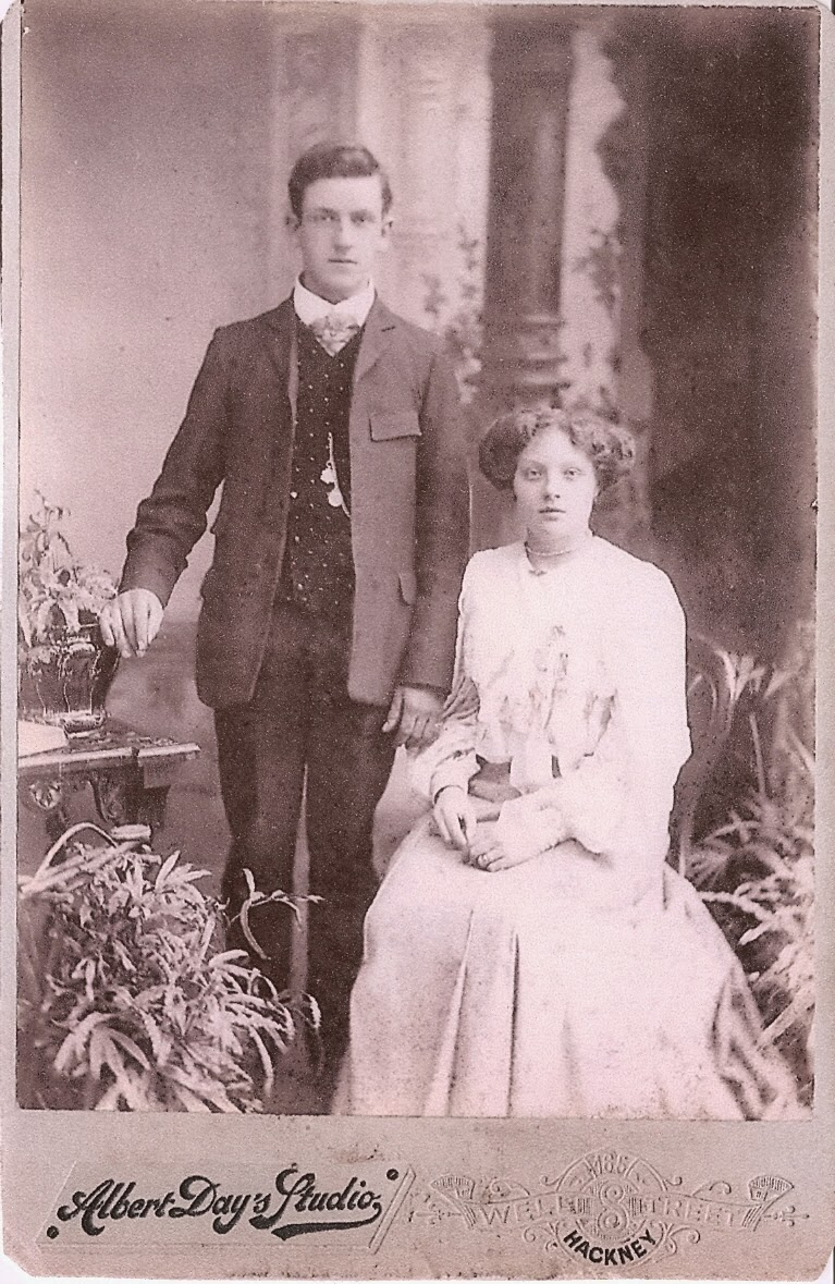 Esther Rose and Thomas George Chapman's wedding photo 1905