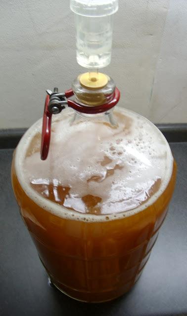 Make Beer At Home Part 2 Simple Foolproof Brewing