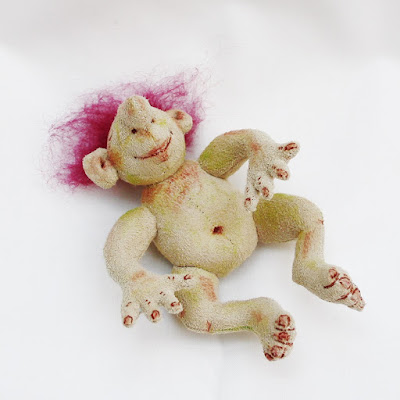 dingle baby troll art doll