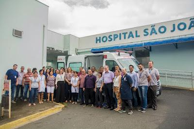 HOSPITAL SÃO JOÃO RECEBE AMBULÂNCIA NOVA