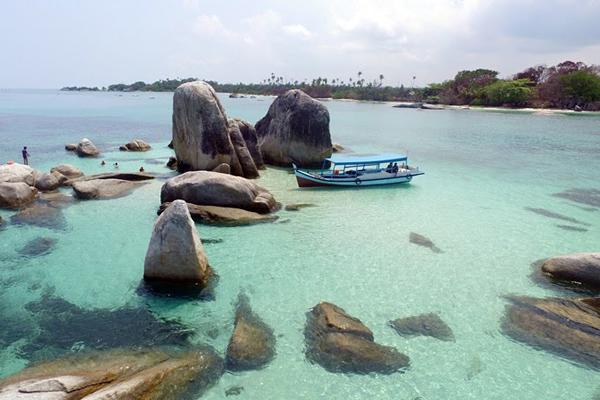 Pantai Tanjung Kelayang Bangka Belitung