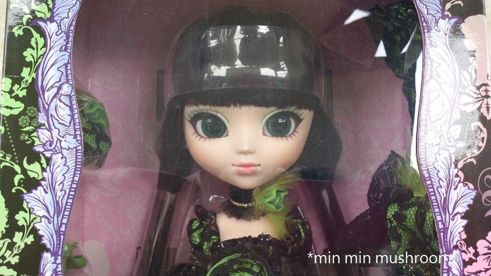 Carnival Toy Box Pink: *min Min Mushroom's Toy Box: Pullip Chloi DOLL CARNIVAL