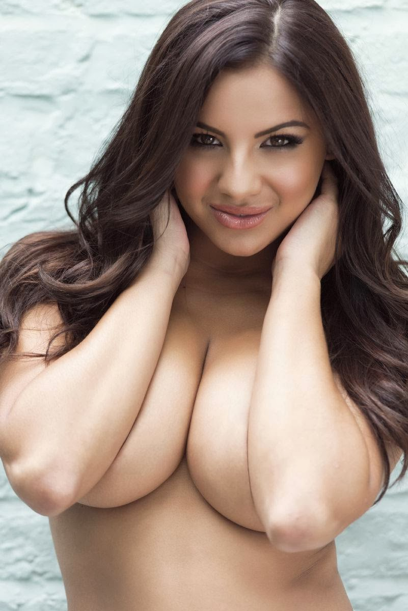 Sexy Topless Big Boobs
