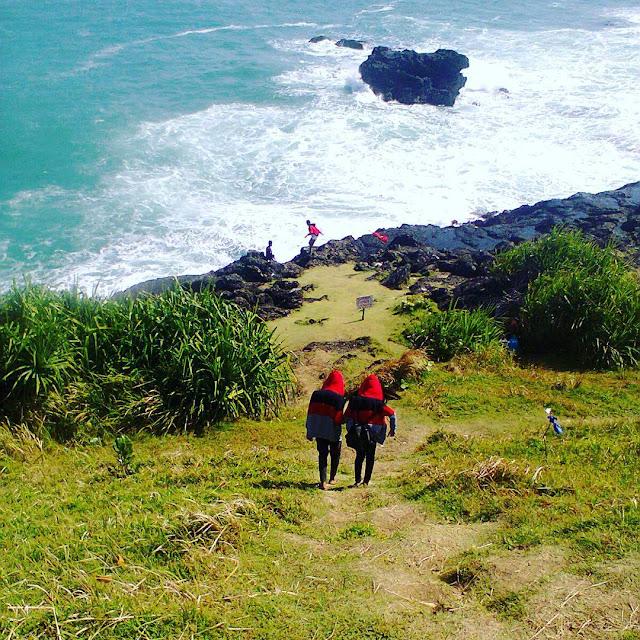 foto pemandangan pantai menganti kebumen