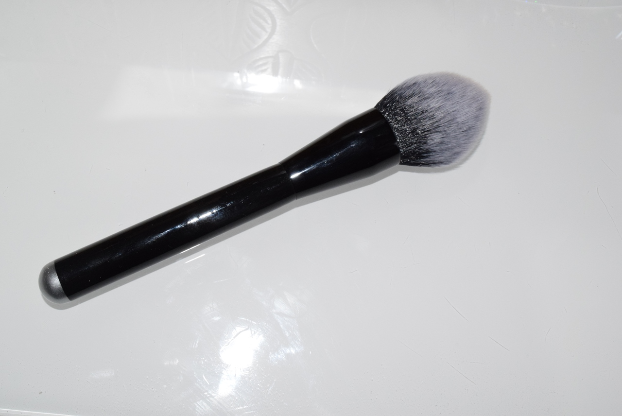 flame blending makeup brush