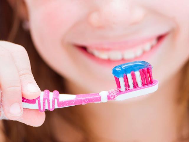 trường mầm non quân 1 chọn kem đánh răng tốt cho trẻ