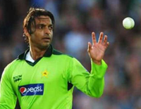Shoaib Akhtar Announces 'Comeback', Former Teammates are Delighted