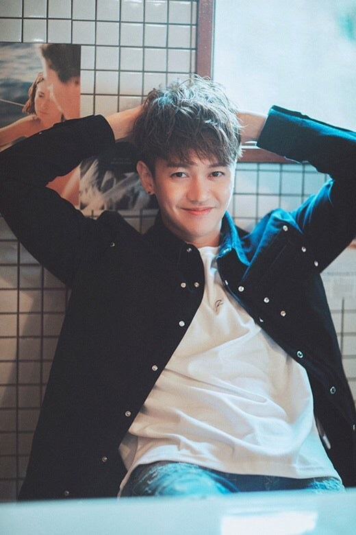 Noel Kang Kyun Sung Gets A Haircut K Pop K Fans