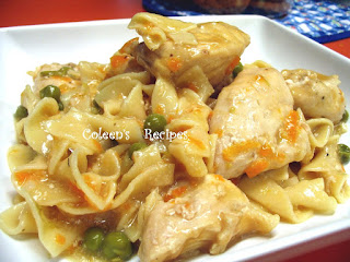 EASY CROCKPOT CHICKEN and NOODLES