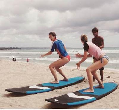 belajar surfing di pantai kuta