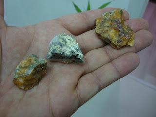 Identificando e testando ouro no quartzo