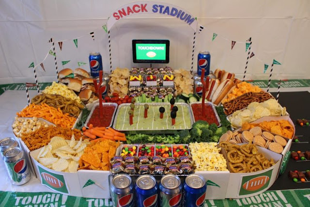 http://www.savvyinthekitchen.com/2016/01/how-to-make-a-supreme-snack-stadium.html
