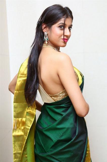 south actress hot sleeveless pics in saree