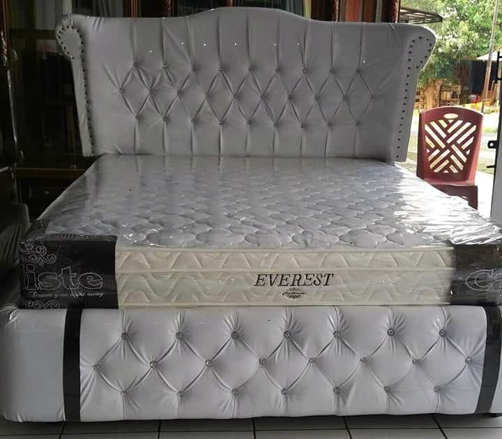 Jual Dipan Kayu Minimalis Spring Bed di Purwokerto