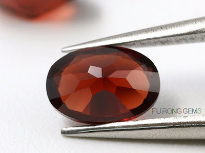 Natural-Mozambique-garnet-Red-Oval-Shape-Gemstone-China-wholesale