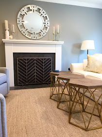 Seagrass rug gray walls