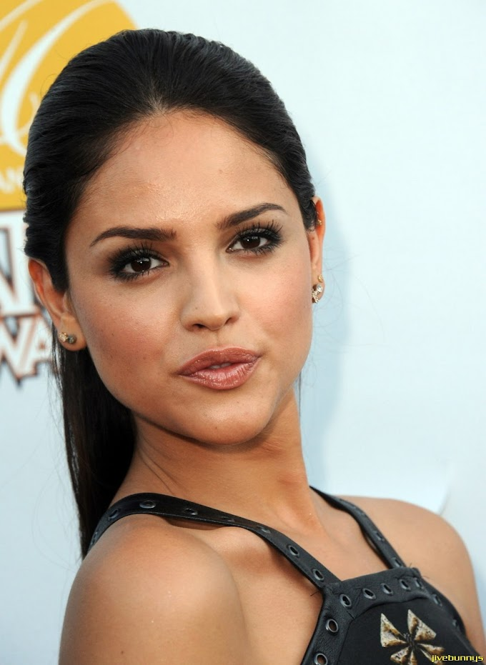 Eiza Gonzalez Mexican Actress and Singer Photos Gallery