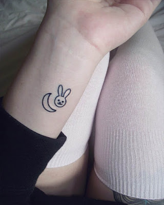 Simple tattoos that are fashionable