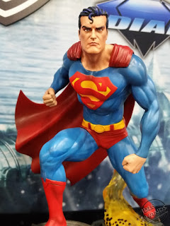 Diamond Select DC Comics Gallery PVC Statues Superman