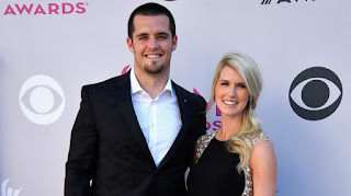 Derek Carr S Wife Heather Neel Partner Intro