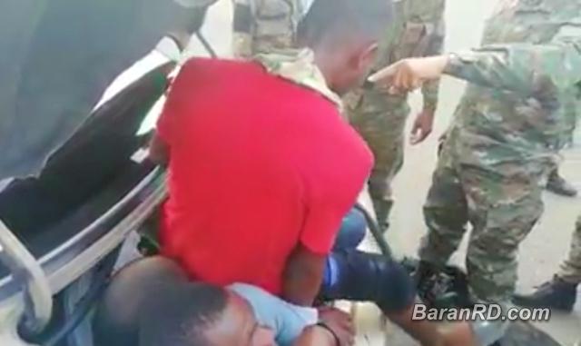 Video: Detienen carro con 18 haitianos ilegales en San Juan