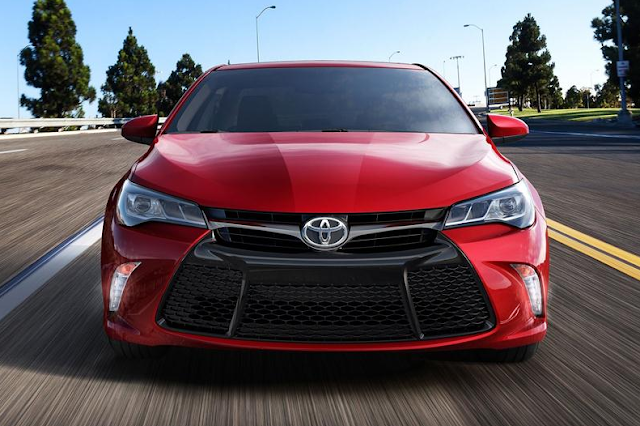 2017 Toyota Camry Reviews