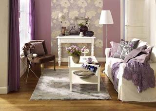 salas colores lila y blanco