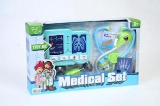 prezent dla dziecka do zabawy w lekarza