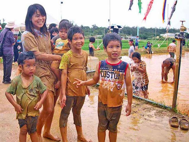 children, family,festival, Golden Week, Japan, Okinawa