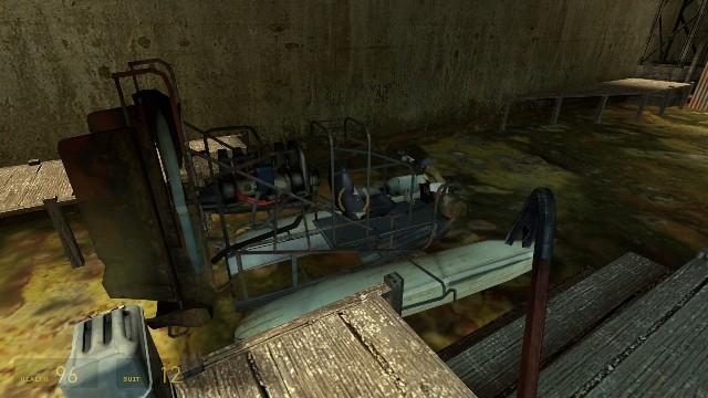 Download Half Life 2 PC Games Gameplay