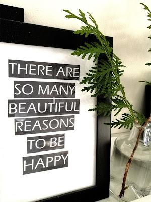 Saippuakuplia olohuoneessa- blogi. Onnellisuus, oma aika, valokuvaus