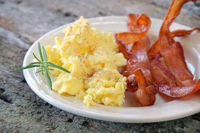 Breakfast ideas Scrambled%2Beggs_and_bacon_n8mwmd