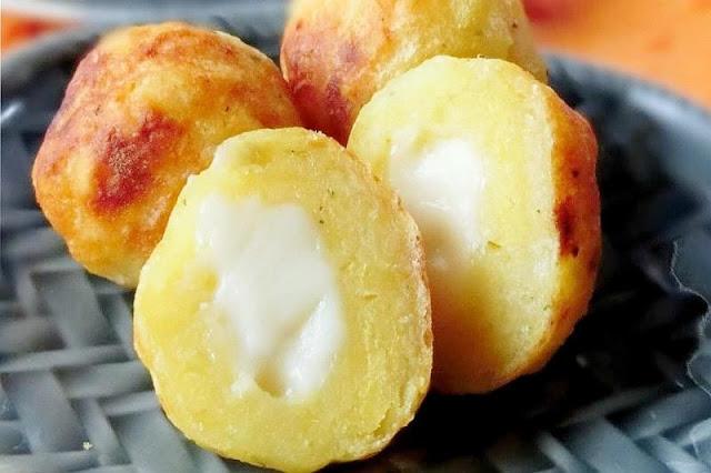 モチモチ食感がクセになる!じゃがいものチーズ入りボール