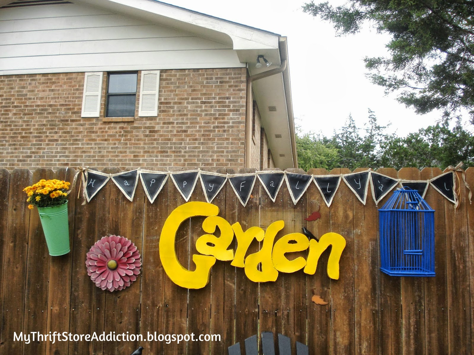 burlap and chalk cloth outdoor banner
