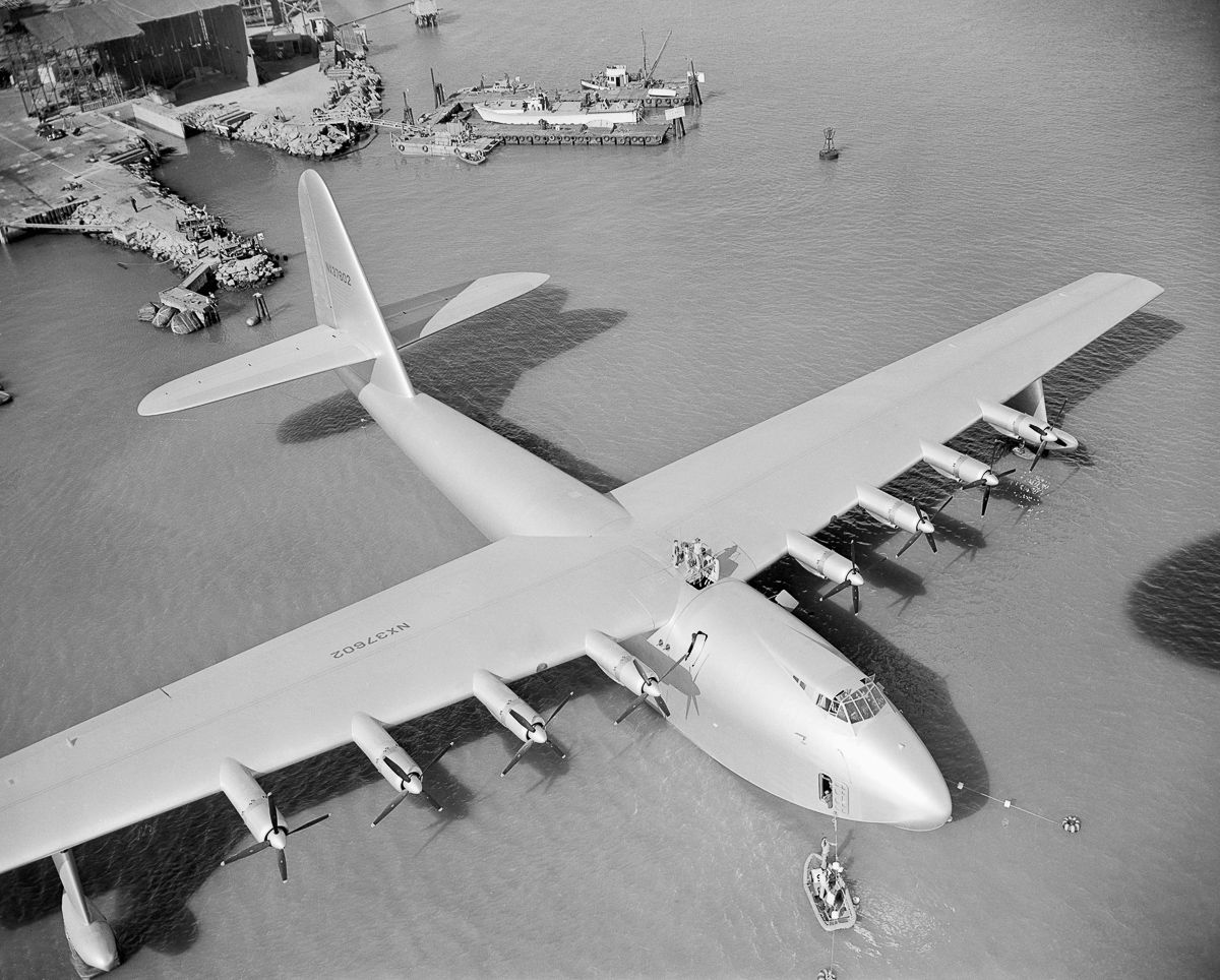 Hughes H-4 Hercules, The World's Largest Flying Boat That Flew for Only 26 Seconds