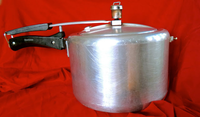 Indian pressure cooking