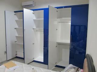 Lemari Pakaian Built In Ukuran Besar - Built In Wardrobe