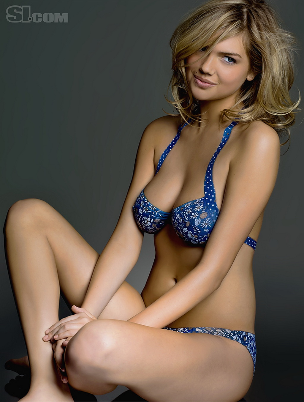 Kate Upton Body Paint Like Dress Hot