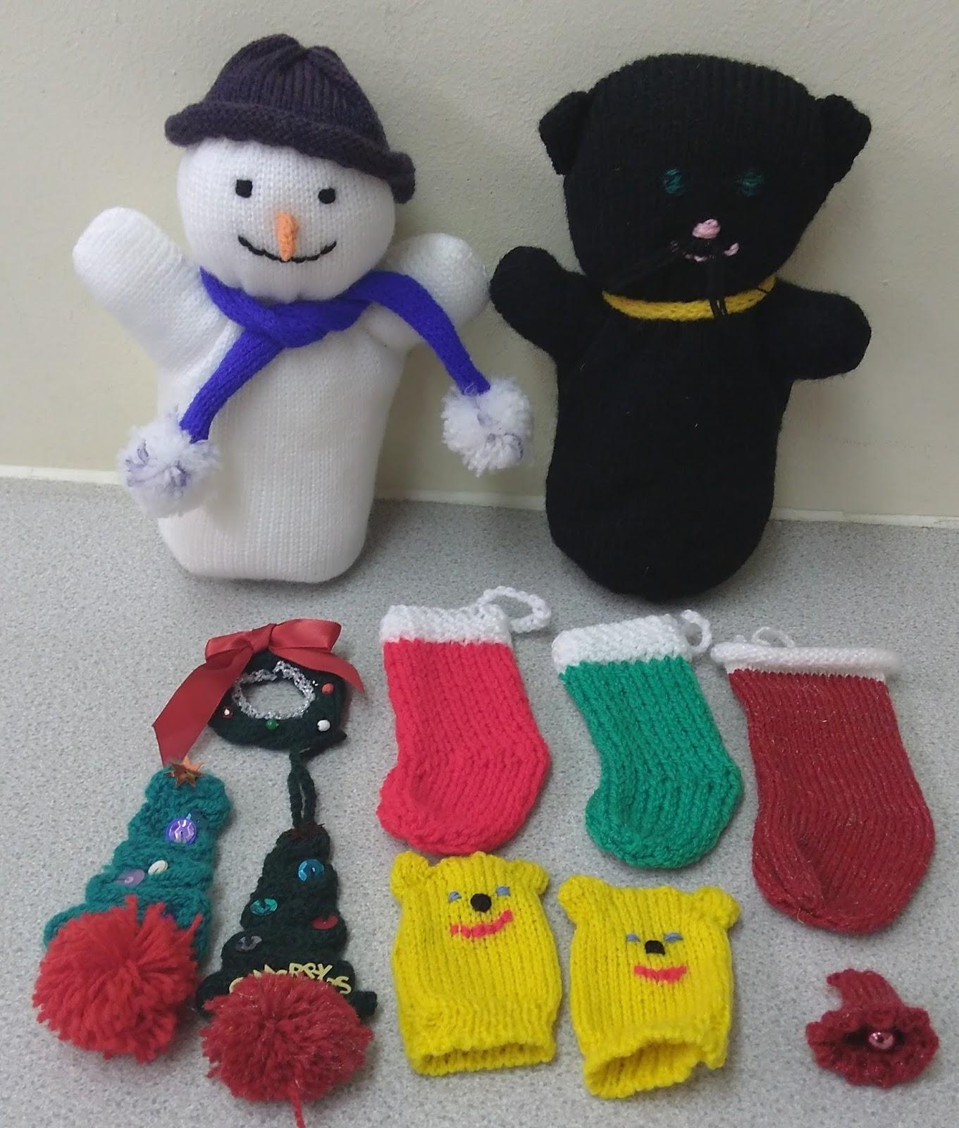 Fleet Knitting Club: November 2017 - Christmas Knits
