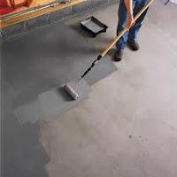Pintando suelo del garaje