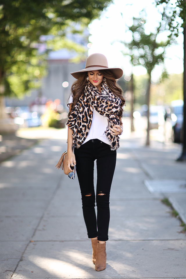 how to wear leopard in the fall