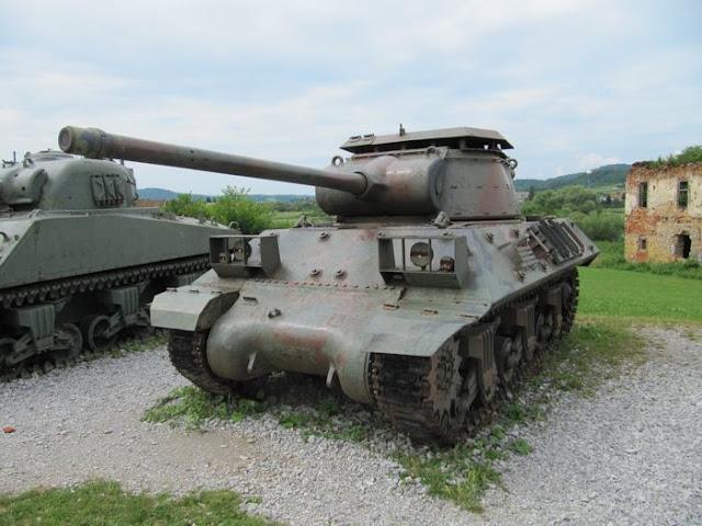 tanque M-36, cañon 90mm, tanque velocidad 40 km/h, tanque de 5 soldados, tanque de EEUU