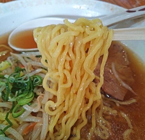 Aセットのラーメンの麺の写真