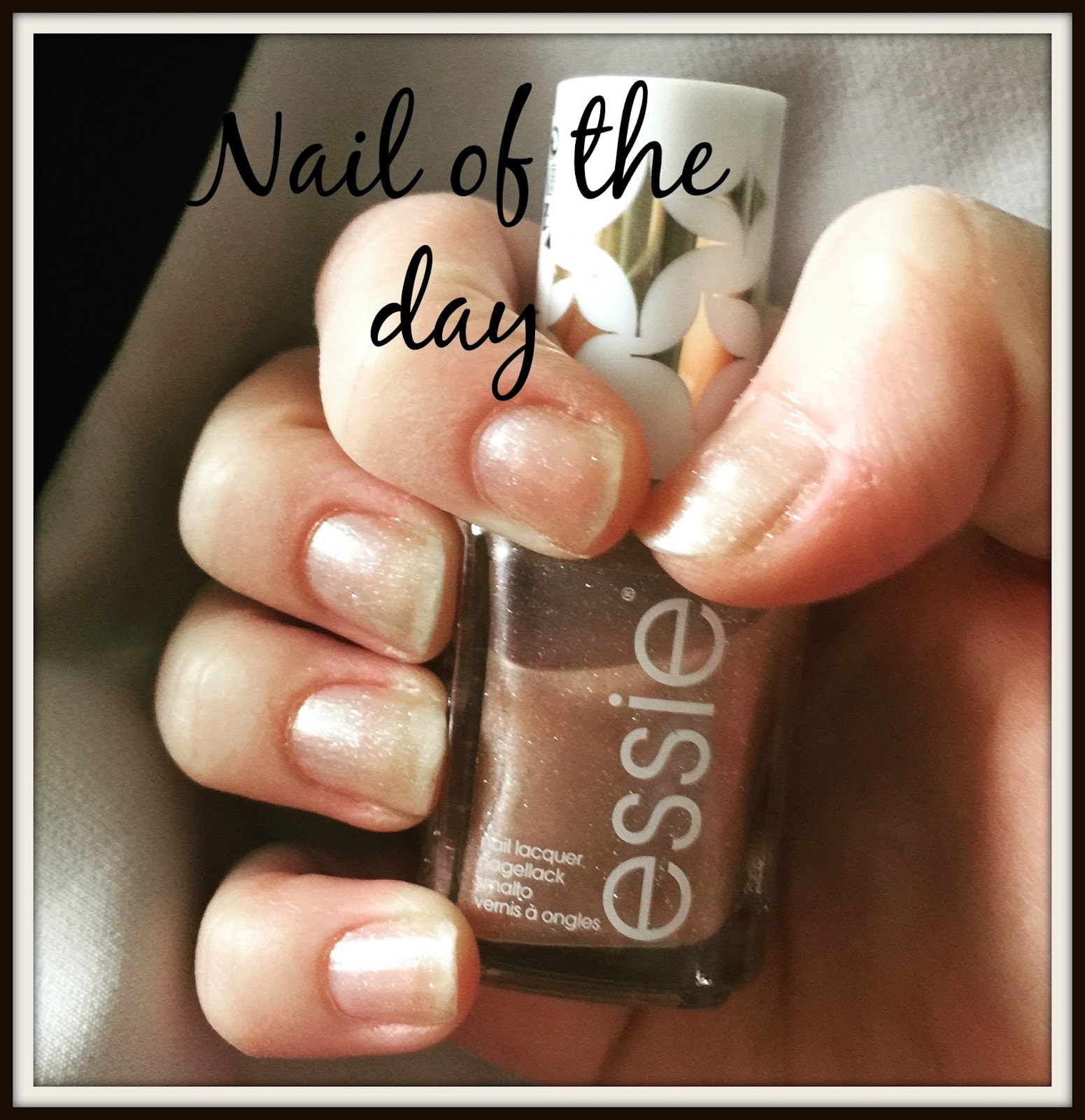 nail of the day essie sequin sash