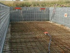 Construction d une piscine en b ton monobloc for Equipement piscine beton
