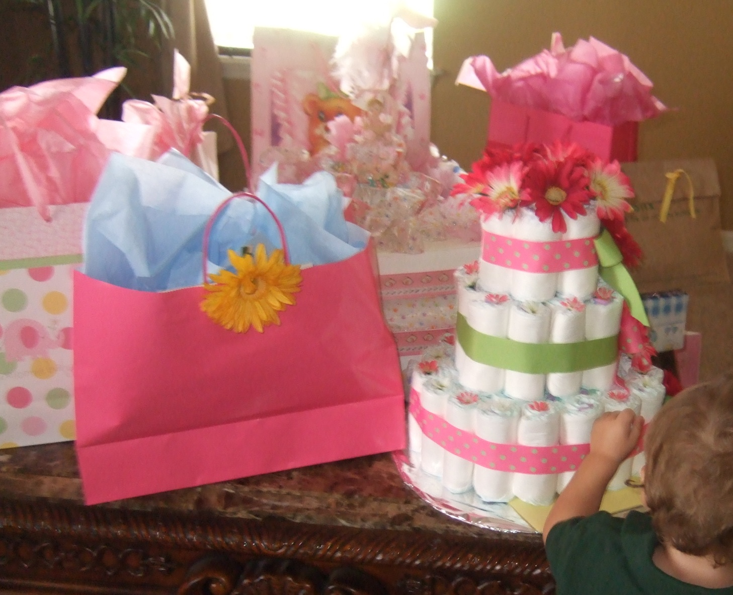 Great Baby Shower Gifts For A Girl